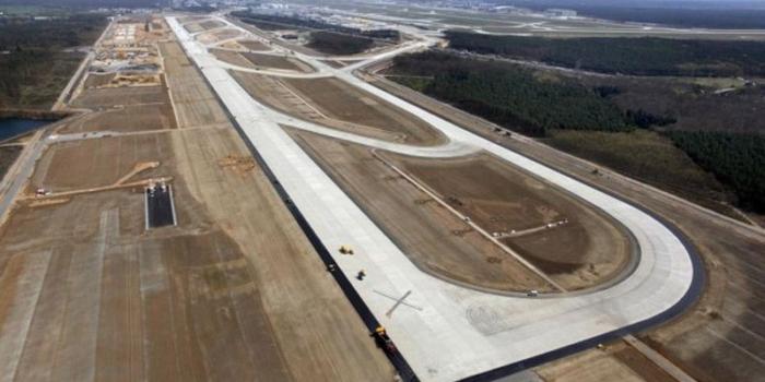 Строительство в Национальном аэропорту Минск второй искусственной взлетно-посадочной полосы